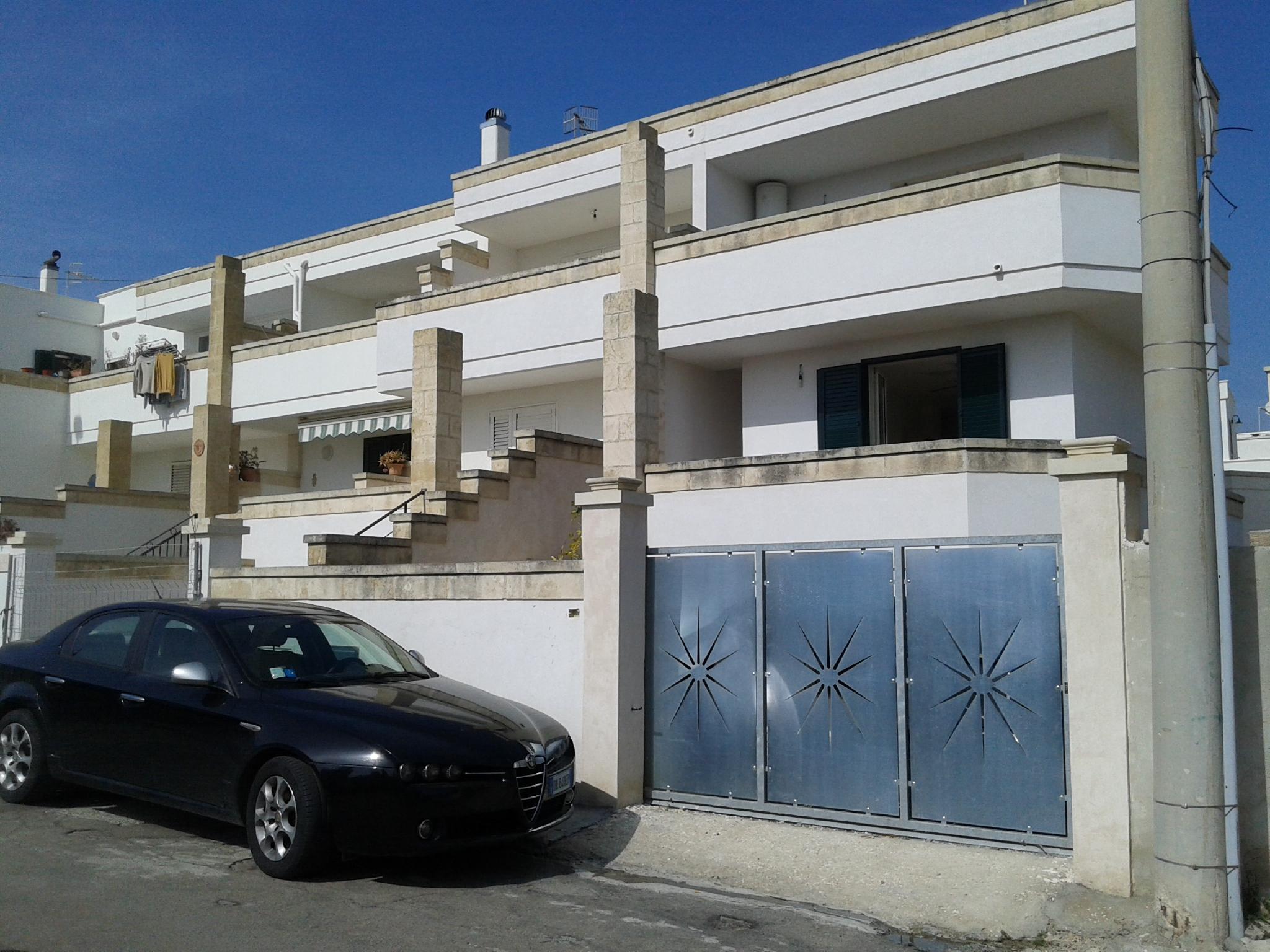 villa su 3 livelli in ottimo stato con vista mozzafiato (Castrignano del Capo)