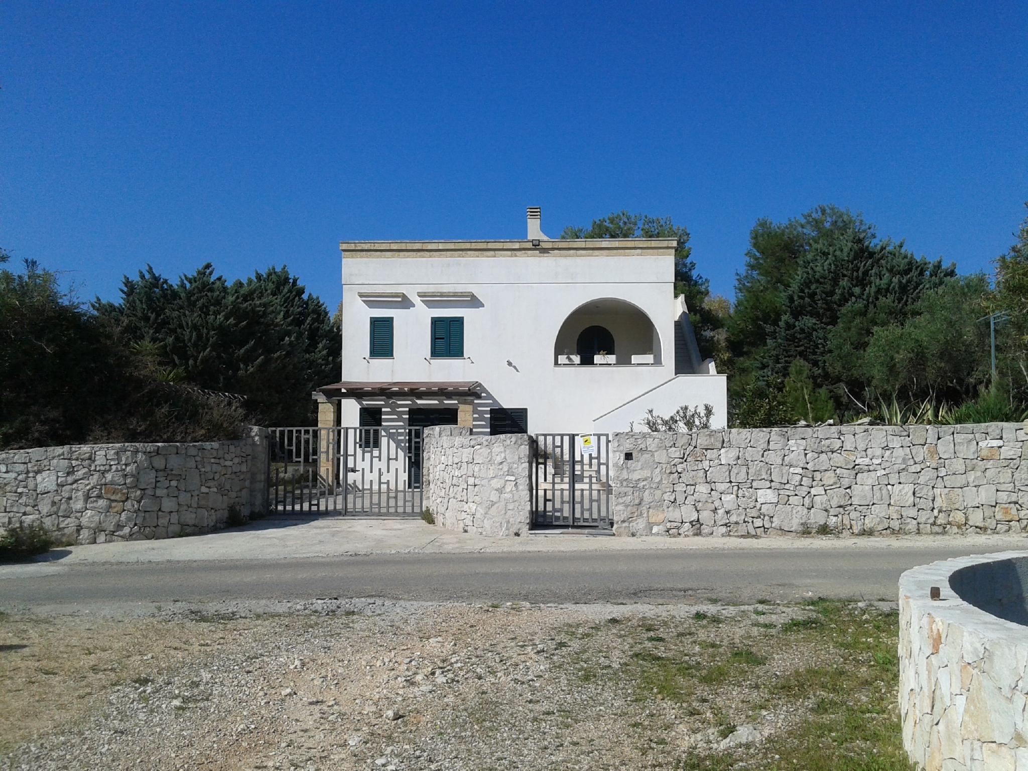 """Villa """"INCANTO"""" con progetto per piscina e spettacolare vista mozzafiato (Pescoluse)"""