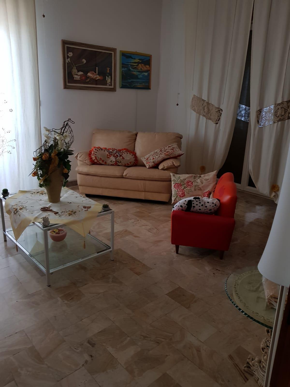 Appartamento bellissimo con vista panoramica in ottima zona ( Taviano )