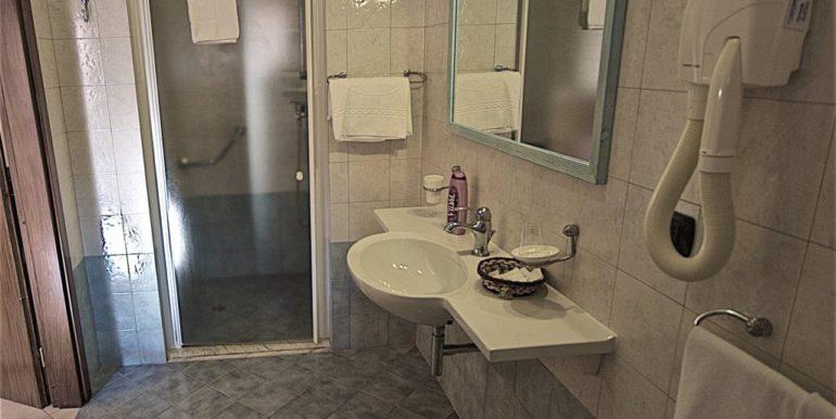 bagno attrezzato diversamente abili_DSC4571 Salento